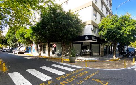 Edificio de 7 pisos en esquina de Gallo y Humahuaca